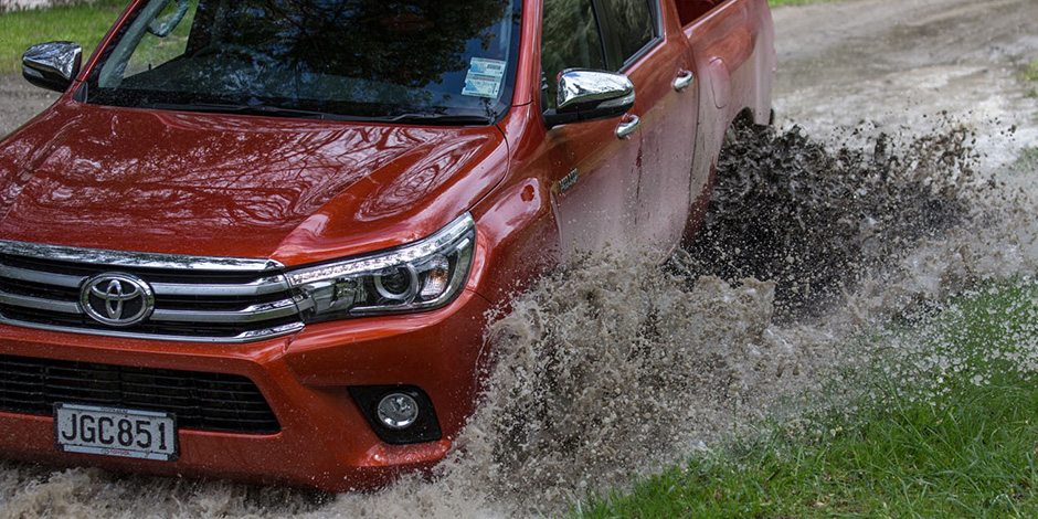 Hilux_news-hero-Safety