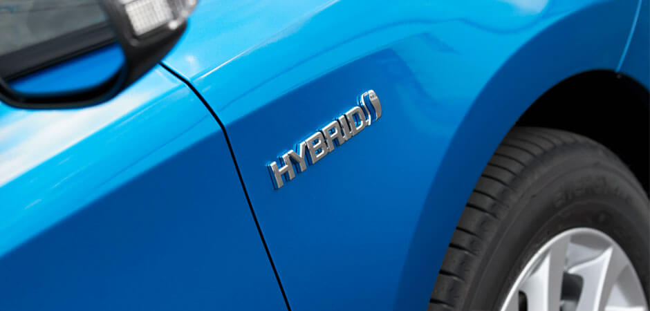 Toyota's-hybrid-dominance-HERO_940x450