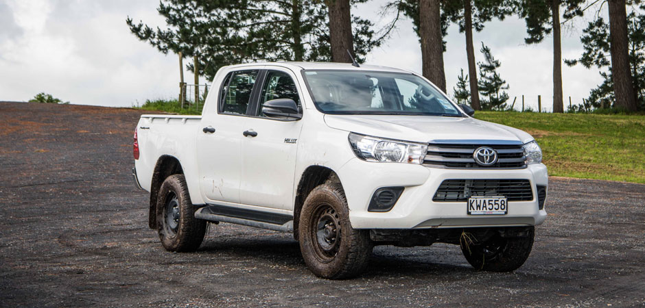 Hilux-offers-more-choice-and-features-to-meet-market-demand_HERO_940x450