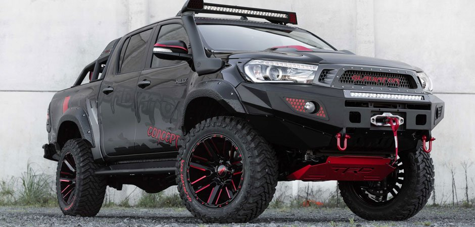 Hilux-Gladiator-Concept-Vehicle_HERO_940x450