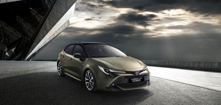 New-generation-Corolla-Hatch-launched-at-Geneva_HERO_940x450