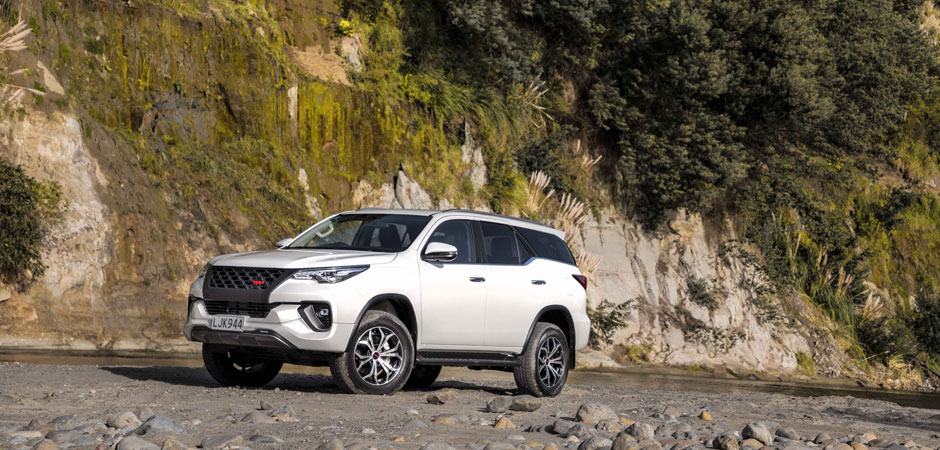 Exclusive-Toyota-Fortuner-TRD-arrives_HERO_940x450