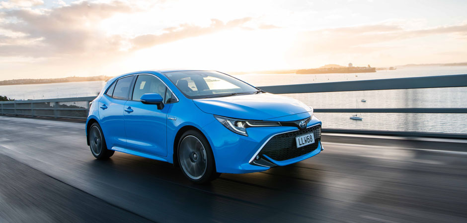 All-new-Corolla-hatch-resets-the-small-car-benchmark_HERO_940x450