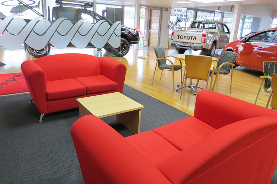 toyota-customer-lounge-940x626