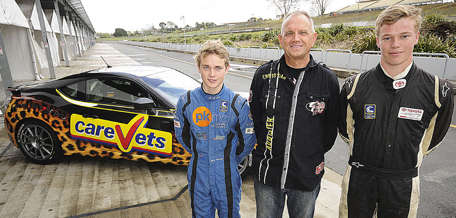 Scholarship-gives-two-drivers-a-chance-to-further-their-racing-careers-940x450-web