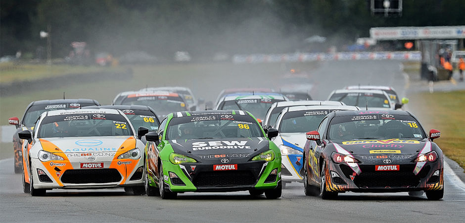 Six-car-commitment-boosts-New- Zealand's-top -single-make-race-championship_HERO_940x450