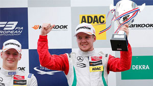 Cassidy-claims-European-F3-race-win-in-the-Netherlands_ARTICLE_300x170