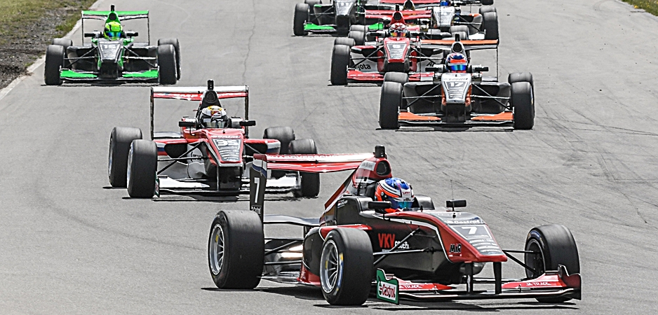IMAGE - Drivers will battle for FIA points in future Toyota Racing Series_940