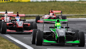 FIA-decision-on-F3-chassis-puts-winter-focus-on-Toyota-New-Zealand's-racing-series_ARTICLE_300x170