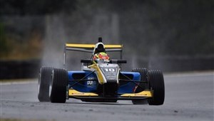 Teretonga qualifying Lawson (300 x 197)