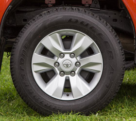 Hilux-4WD-Double-Cab-SR5-Wheel-280x250-web