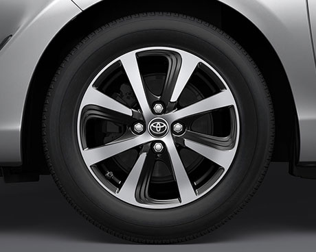 Priusc-sx-wheel-460x368